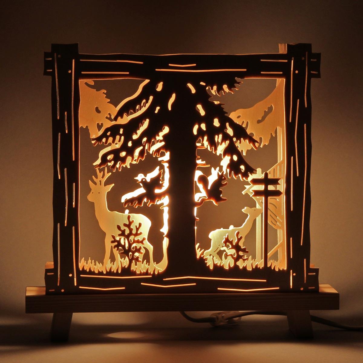 Fensterbild stehend beleuchtet reh an futterkrippe von for Weihnachtsreh beleuchtet
