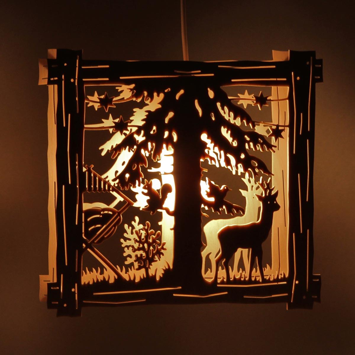 fensterbild beleuchtet rehbock im wald von clau und. Black Bedroom Furniture Sets. Home Design Ideas